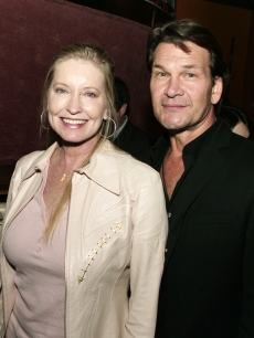 patrick-swayze-and-his-wife-lisa-in-los-angeles-october-2007